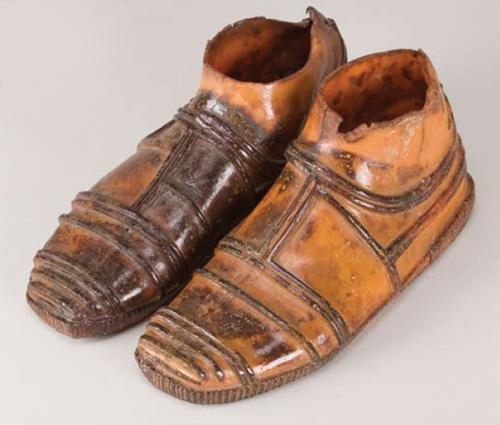 Threepio\'s feet