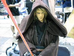 Please tell me this isn't an Anakin dollfie.