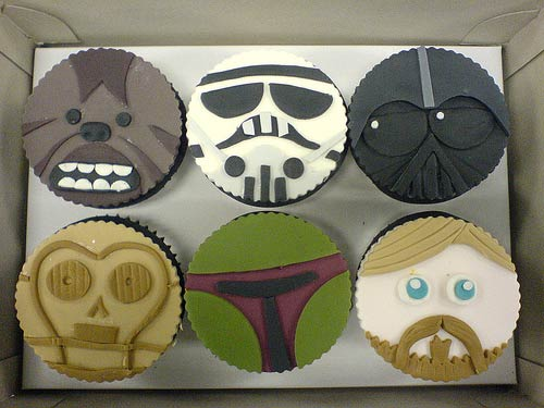 Star Wars Cupcakes by Dottylicious / Photo by redwolf @ Flicker