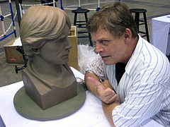 Mark Hamill with Lawrence Noble's sculpture at Celebration Europe / Photo by Bonnie Burton / starwarsblog @ Flickr.com