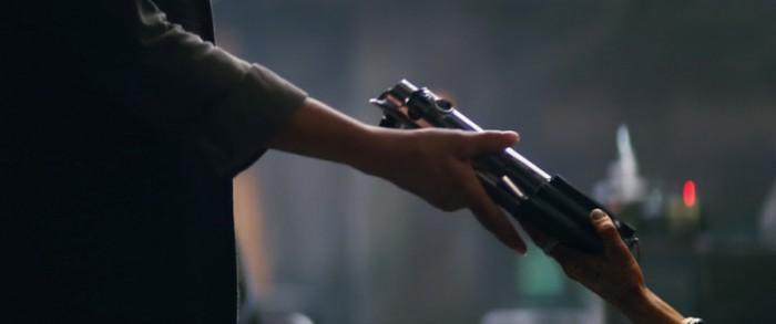 tfa-teaser2-lightsaber